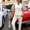 Итальянский костюм с короткими рукавами фонариками из трикотажа песочного цвета